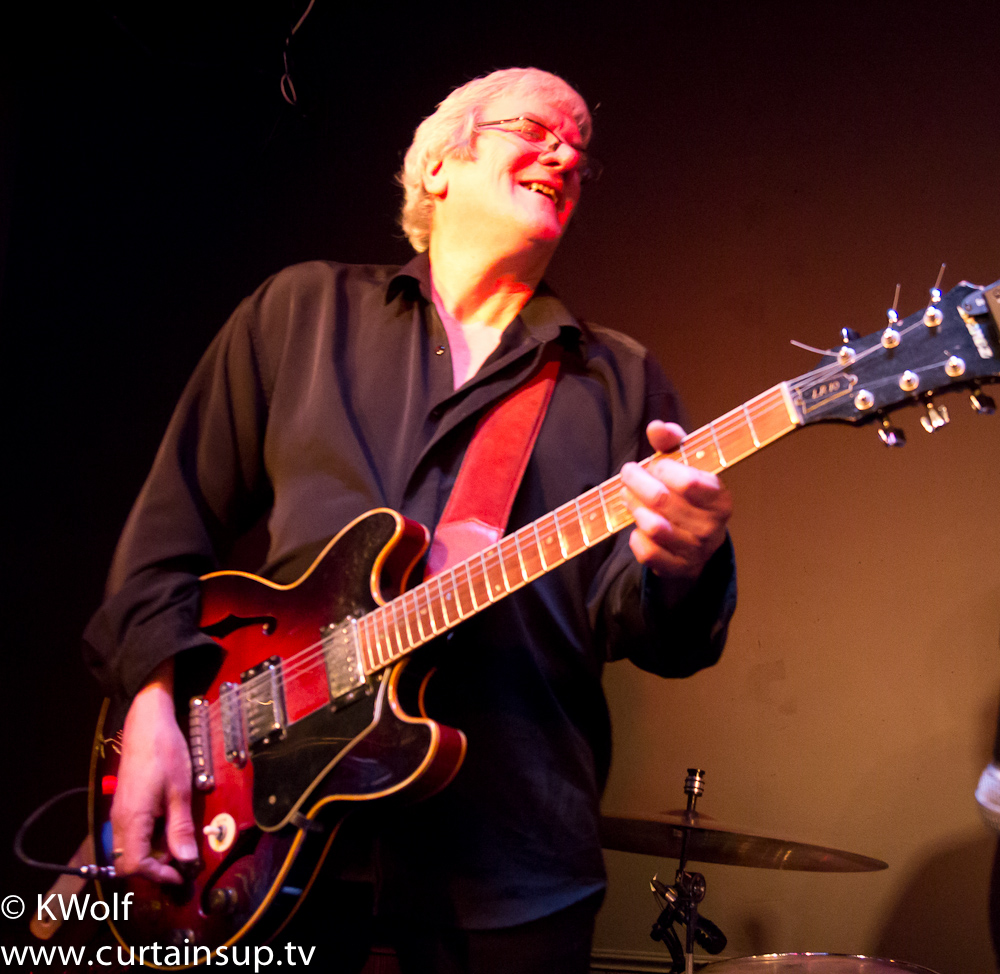 Steve Rowe Hosts  Blues Jam Night at Petes !
